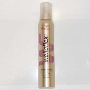 WELLAFLEX MOUSSE FORM FINISH EXTRA STRONG HOLD 250ml