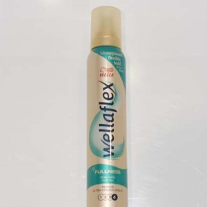WELLAFLEX MOUSSE FULLNESS ULTRA STRONG HOLD 250 ml
